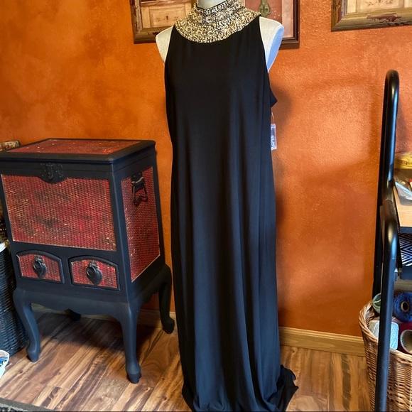 New sleeveless black maxi dress size 18